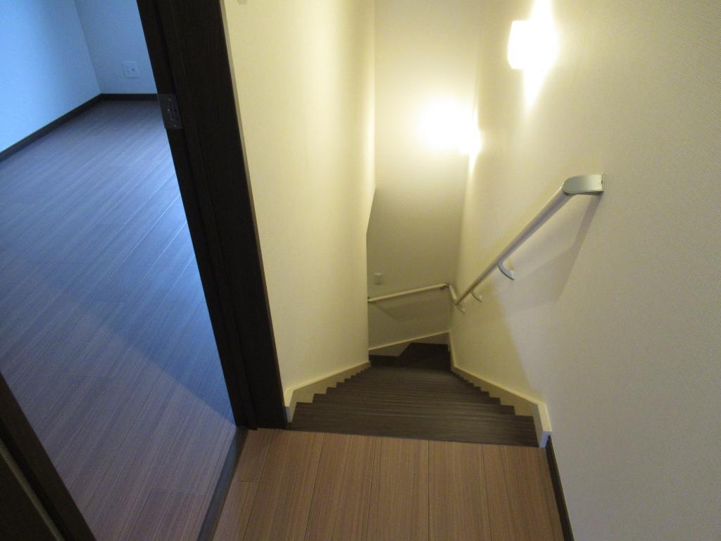 2階ホール~洋室